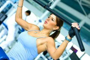 Можно ли увеличить грудь с помощью спорта
